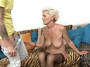 girls do porn threesome episode numbers